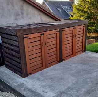 How to create a bin store using pallet wood or leftover timber